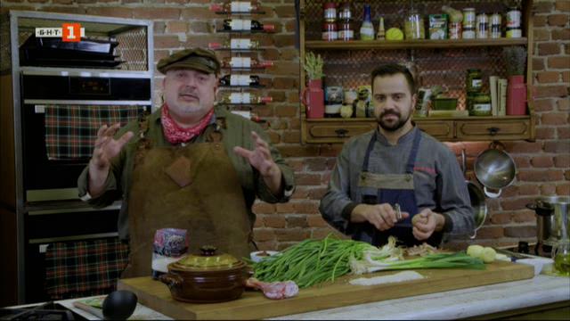 Родопски клин с ориз и лапад и агнешки джолан в гърне с пресен лук