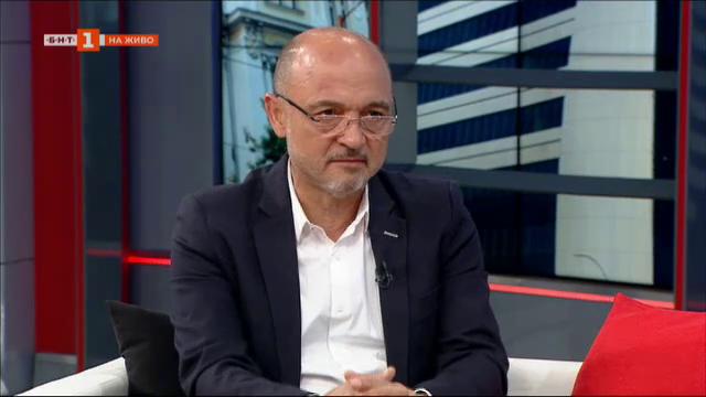 Д-р Меджидиев: Отпускането на мерките трябваше да стане поетапно