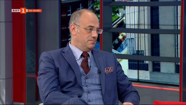 Проф. Семов: Нужни са мерки, но не може да се нарушава Конституцията