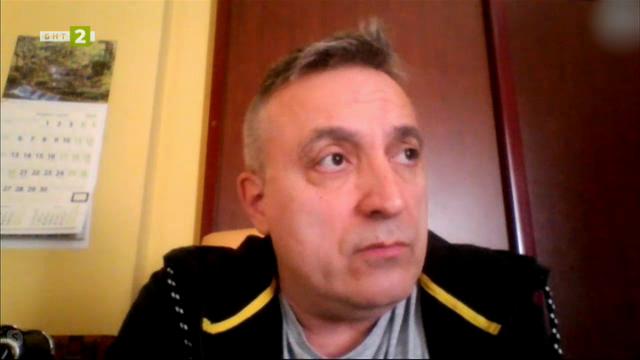 Роберт Янакиев с предложение за нови места за представления