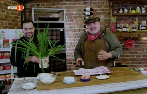 Баница със зелен лук и яхния със заешко със зелен лук
