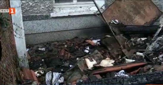 В помощ на жената, чиято къща пострада от мълния в с.Каравелово