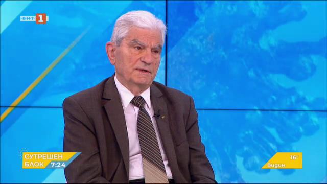 Акад. Петрунов: Епидемията се развива, а у нас все още няма колективен имунитет