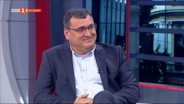 Славчо Атанасов: Управляващите флиртуват с ДПС