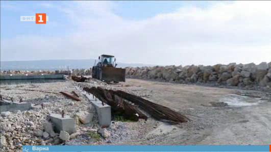 Ремонтът на рибаркото селище във Варна върви по план