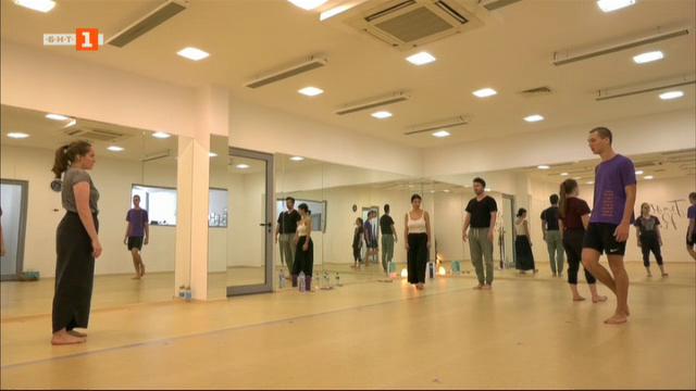 Танцът като движение на мисълта - историята на Искра