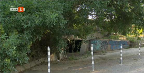 Защо улица в района на Оборище се наводнява?