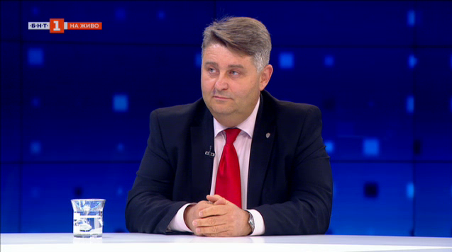 Евгени Иванов: Прокуратурата води разследванията съобразно нормите в закона