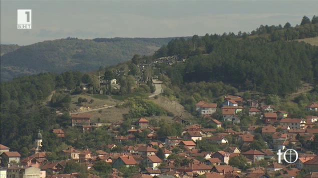 Мемориален паметник на български бойци край Цариброд тъне в забрава