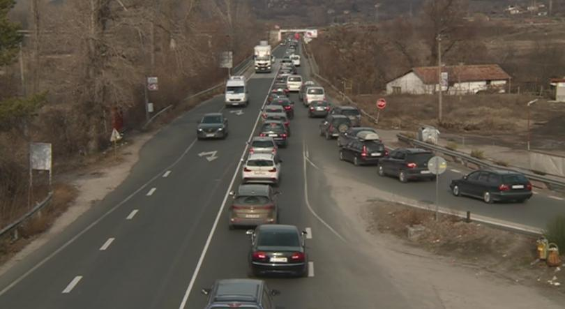 Traffic congestion between Blagoevgrad and Simitli