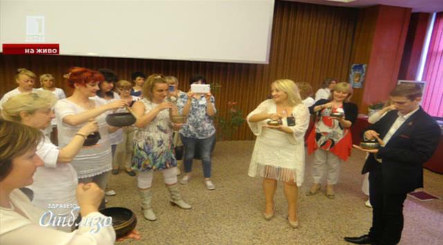 Българската терапевтка Нели Конуей и силата на Кундалини Йога